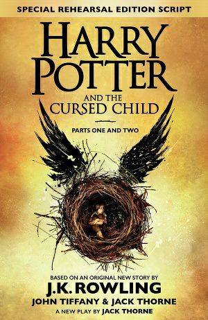 Обложка книги https://knigomania.org/load/fehntezi/garri_potter_i_prokljatoe_ditja_harry_potter_and_the_cursed_child/14-1-0-1375